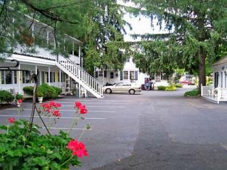 Admiral Motel in Lake George